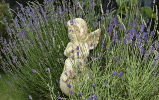 Design your dream outdoor space with garden statues