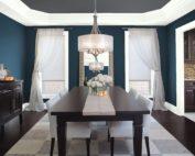 Dining room in Hudson Bay by Benjamin Moore