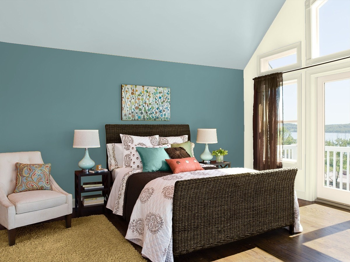 our favorite blue bedroom paint colors by benjamin moore 11159 | benjamin moore blueecho smoke bedroom