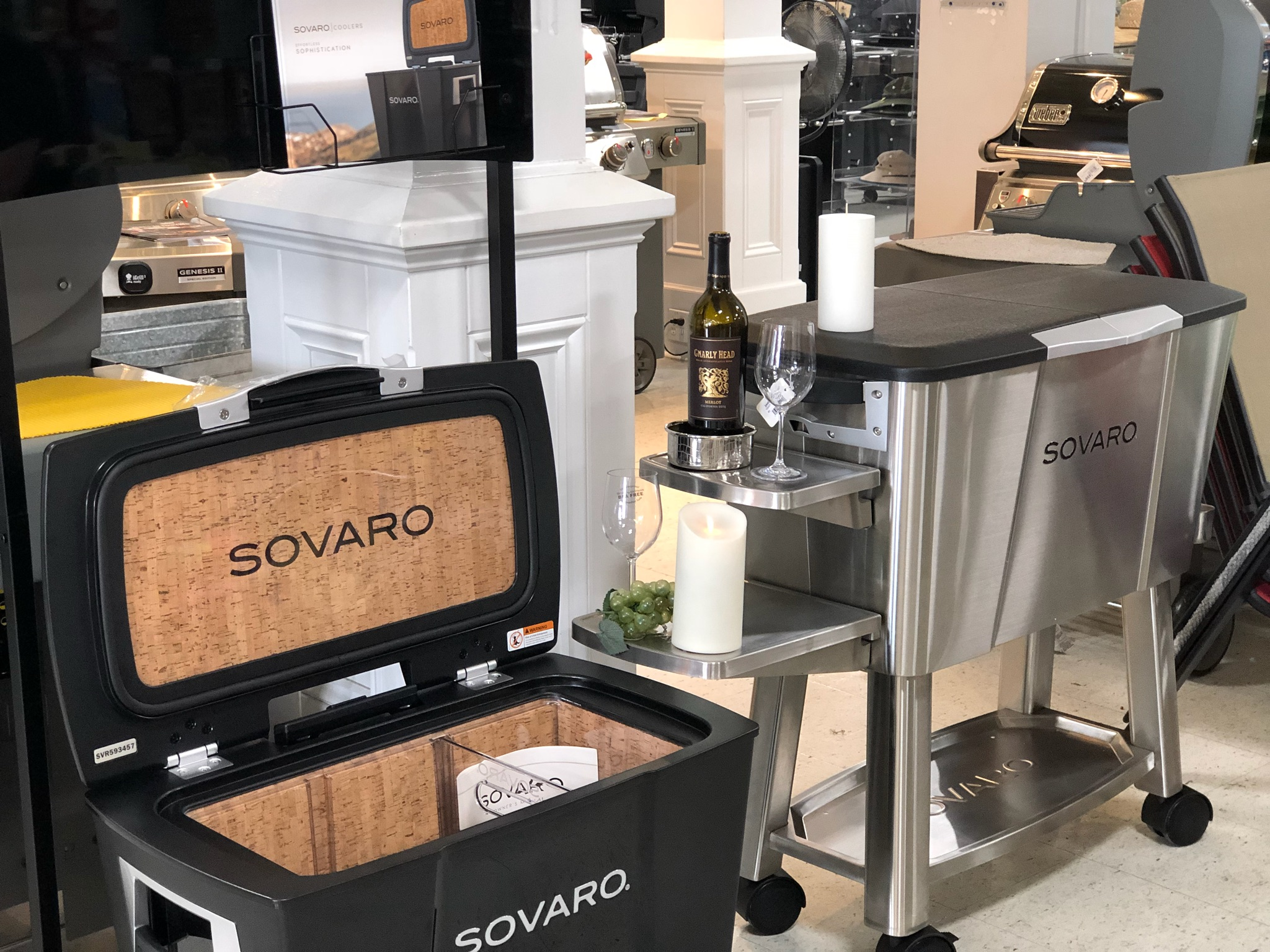 SOVARO Coolers keep your beverages cool in style
