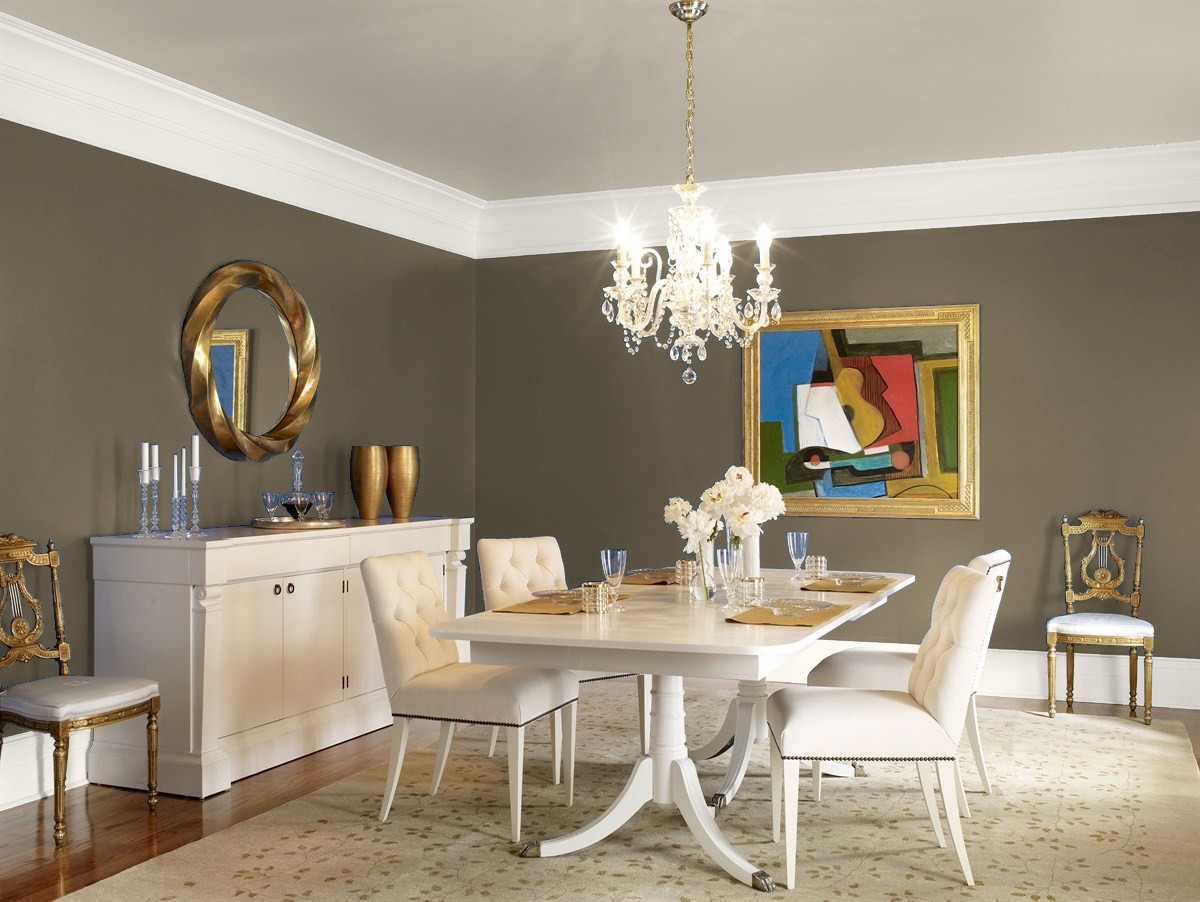 Give your dining room a make-over in time for holiday entertaining!
